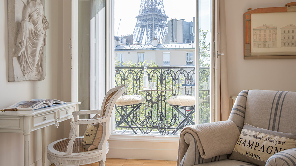Paris apartments rentals with eiffel tower views for All paris apartments