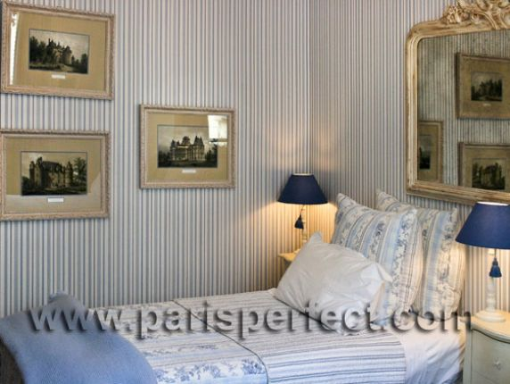Paris Vacation Apartment - Three Bedrooms