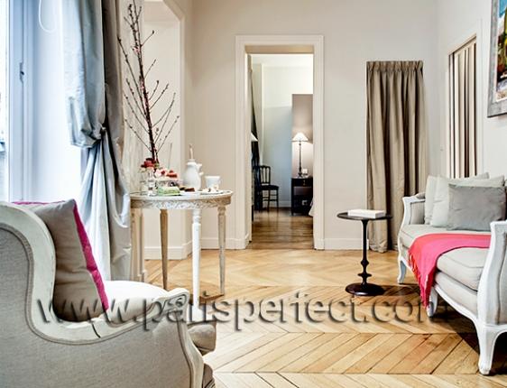 french parquet floors in paris apartment. Black Bedroom Furniture Sets. Home Design Ideas