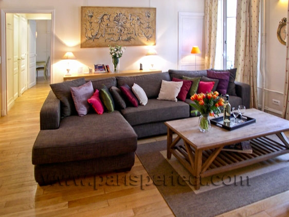 Top Sectional Sofas with Pillows 562 x 422 · 177 kB · jpeg