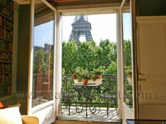 Eiffel Tower - Paris Vacation Apartment