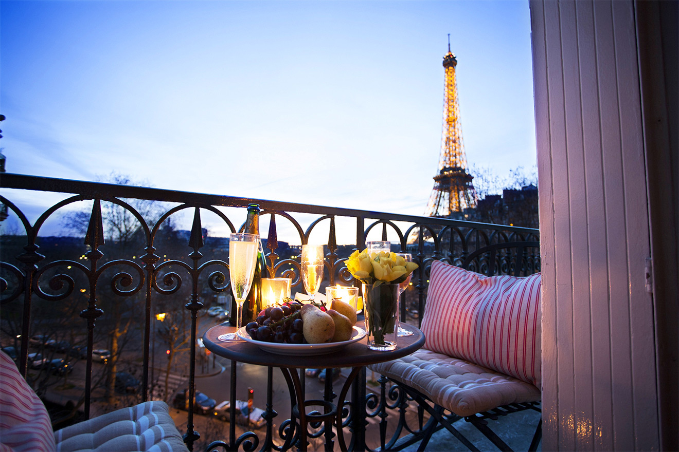 Champagne And A Stunning Eiffel Tower View At The Merlot Vacation Rental Offered By Paris Perfect