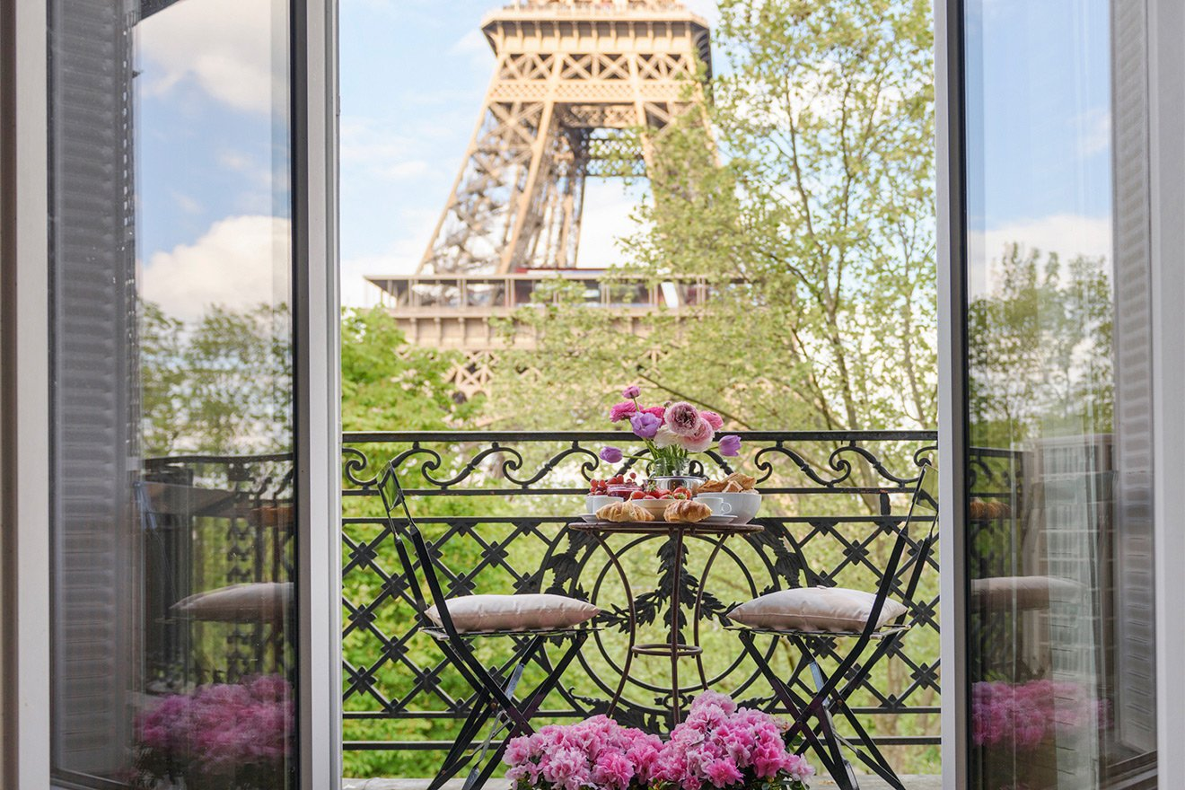 Sunny view of the Eiffel Tower from the Viognier vacation rental offered by Paris Perfect