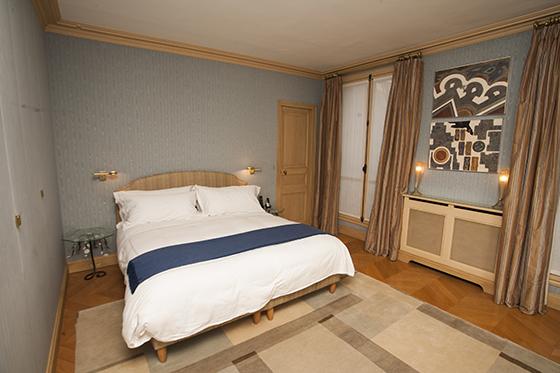Two Bedroom Luxury Paris Apartment Rental