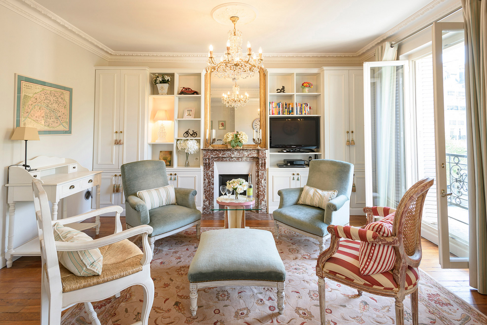French provencal style living room of the Clairette vacation rental offered by Paris Perfect