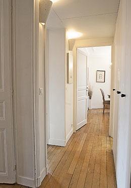 Entryway - Volnay Apartment Paris