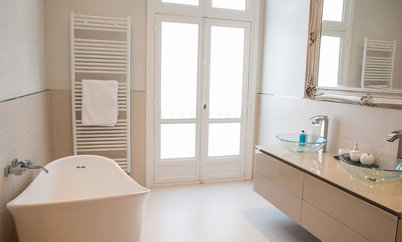 Master Bathroom Luxury Vacation Rental in Paris