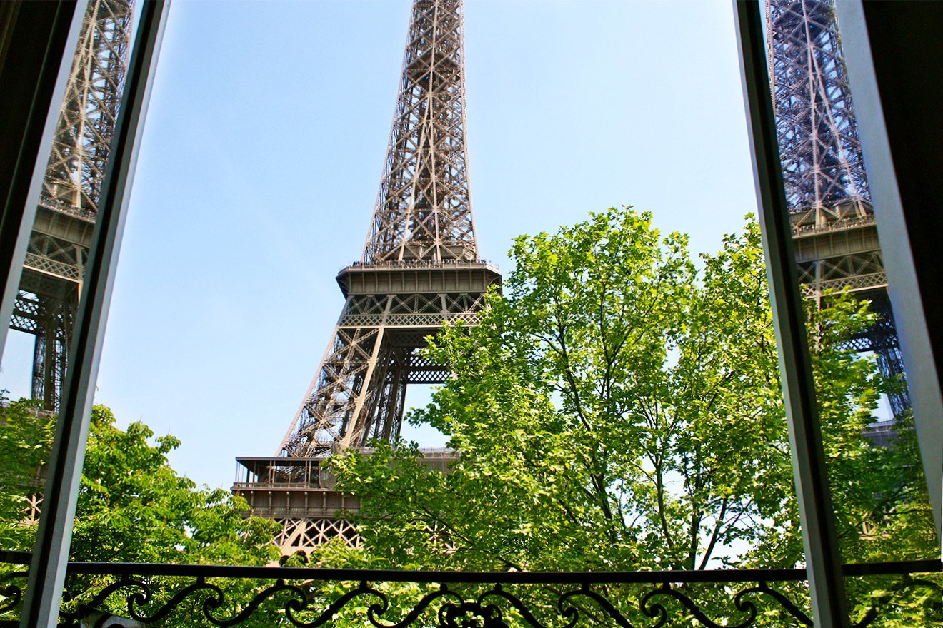 Eiffel Tower Apartment Paris