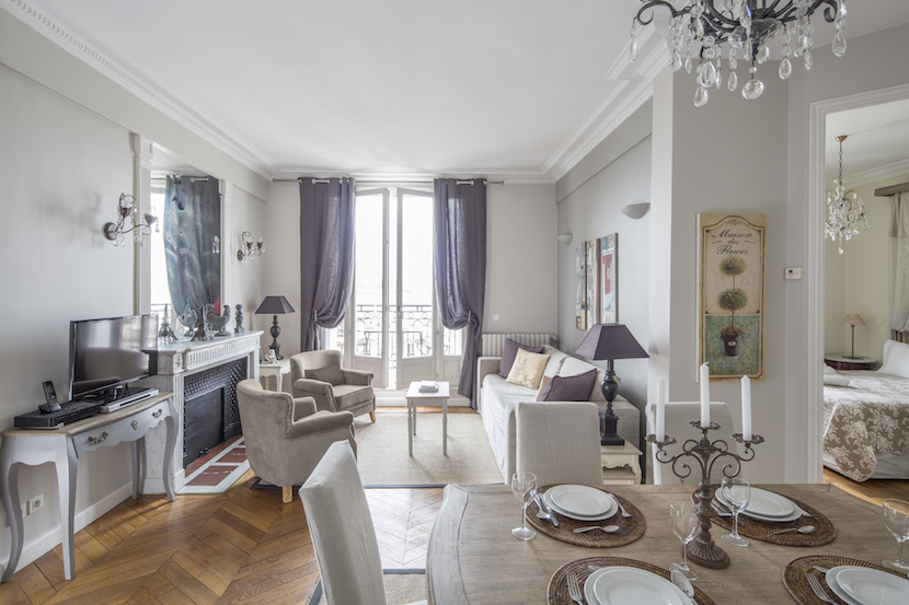 Living Room - Accommodation Paris France