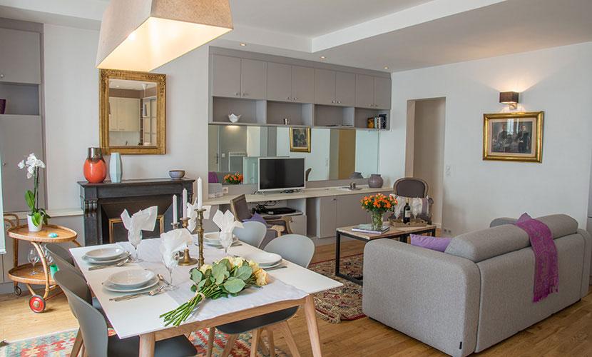 3 bedroom family apartment in paris. Black Bedroom Furniture Sets. Home Design Ideas