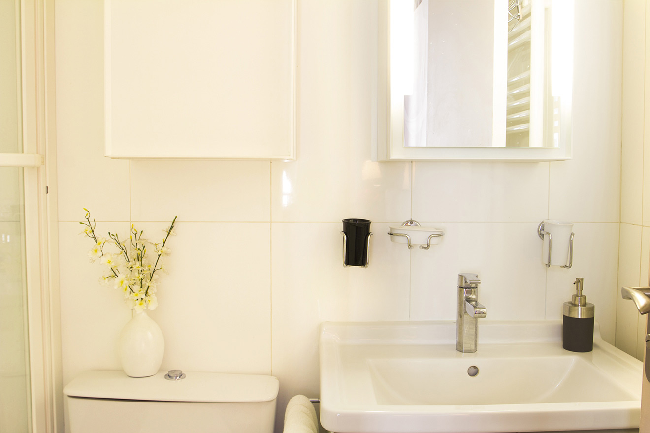 Bathroom Studio Apartment Paris