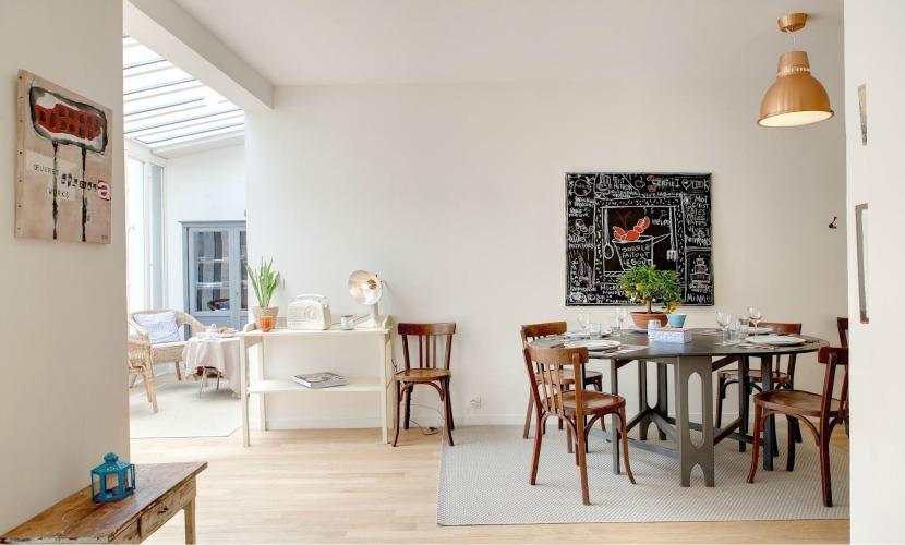 Dining Area Rental in Paris