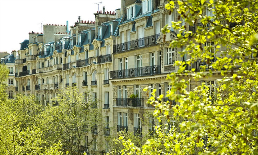 Buildings across the street of the Champagne vacation rental offered by Paris Perfect