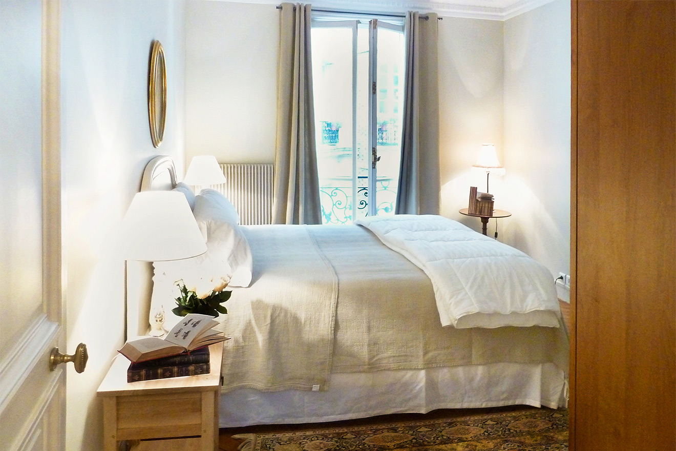 2 Bedroom Vacation Rental In Paris Near Seine River Paris Per