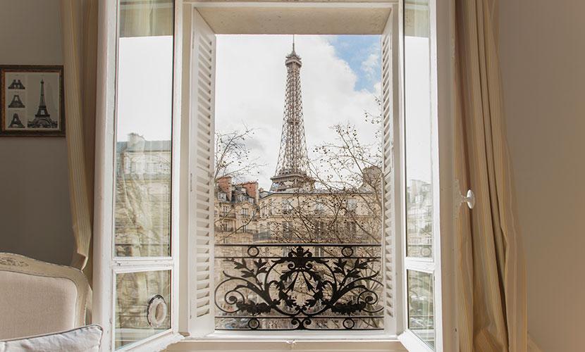 Eiffel Tower Vacation Rental in Paris