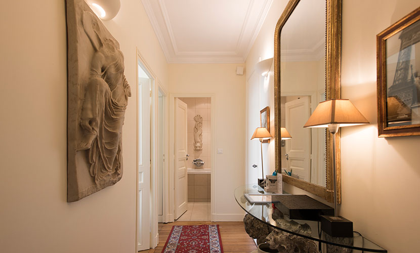 Saint Emilion Paris Apartment Rental Entryway