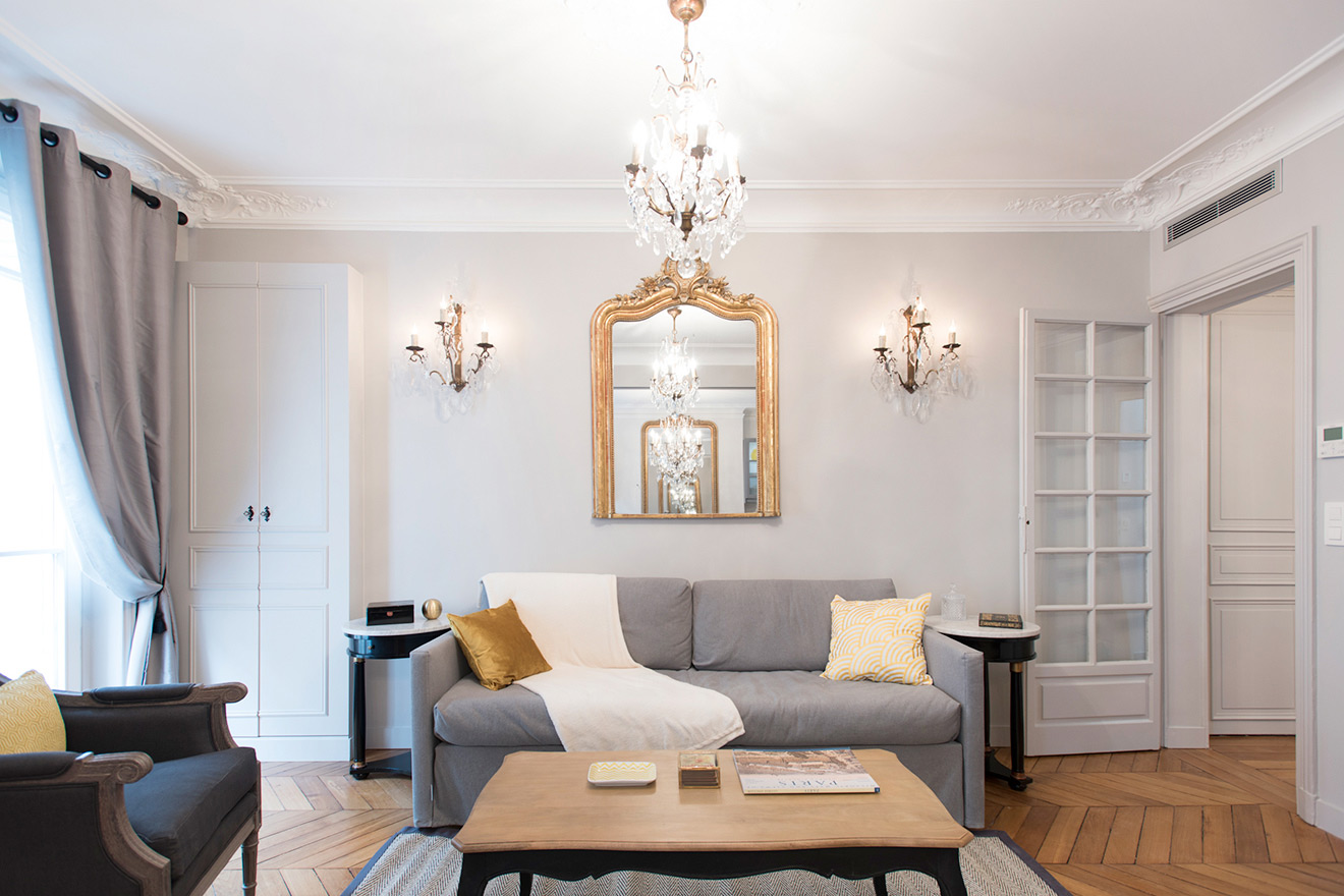 Soft tones in the living room of the Monthelie vacation rental offered by Paris Perfect