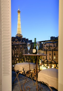 Sunset from the balcony of the Bordeaux vacation rental offered by Paris Perfect