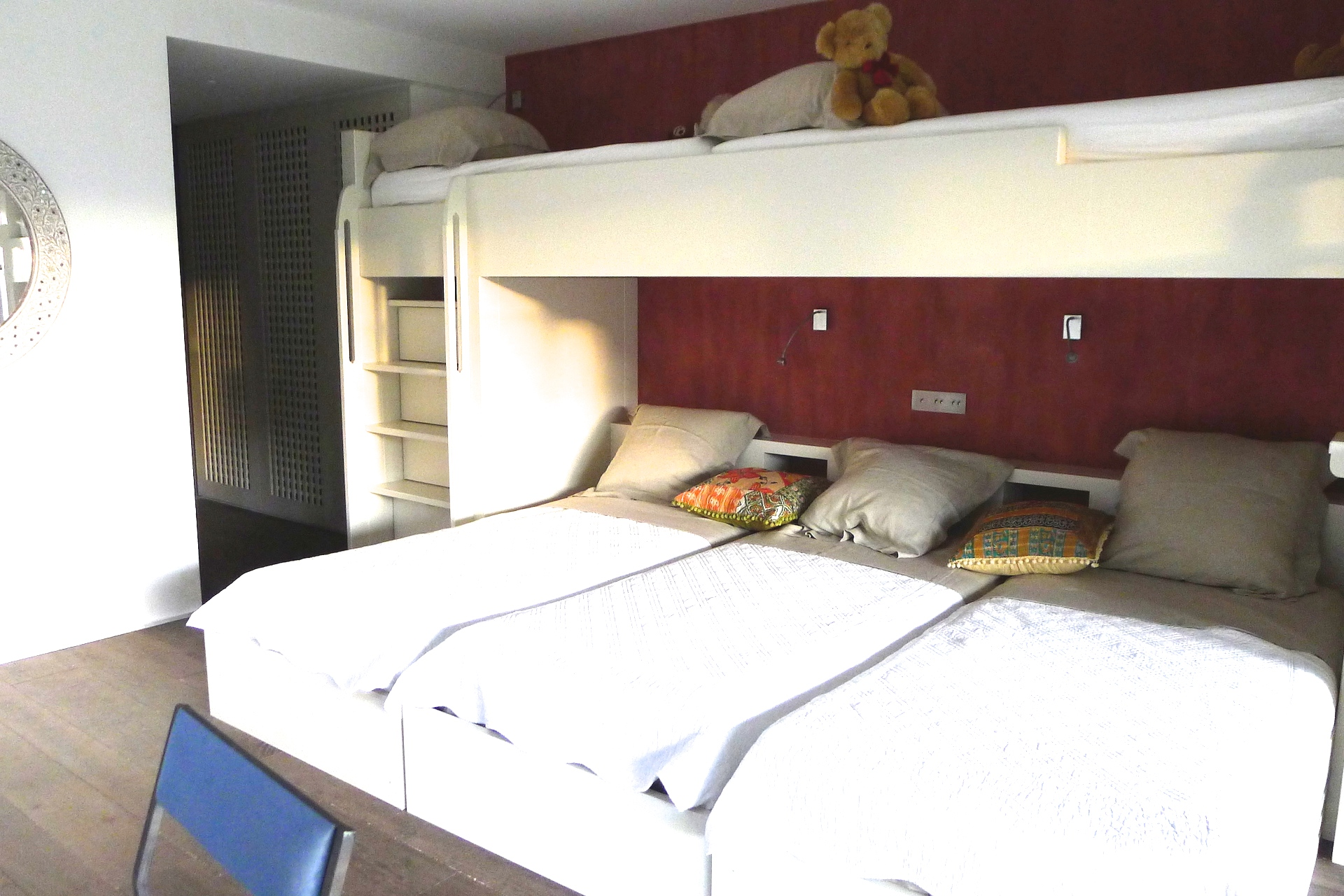 The sixth bedroom in the Villa Grimaud vacation rental offered by Paris Perfect