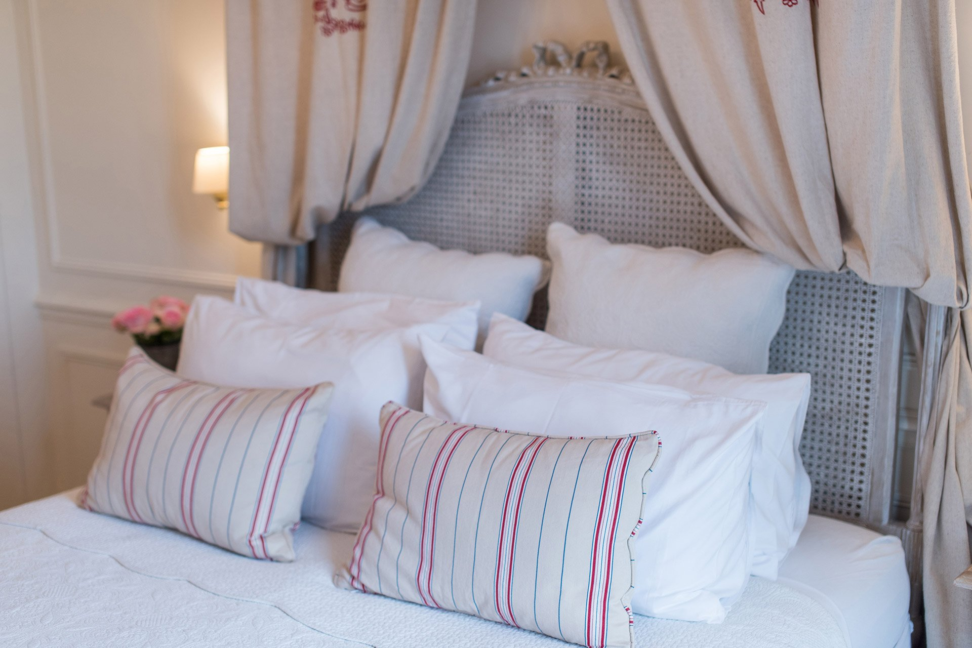 Luxurious bedding in the Merlot vacation rental offered by Paris Perfect