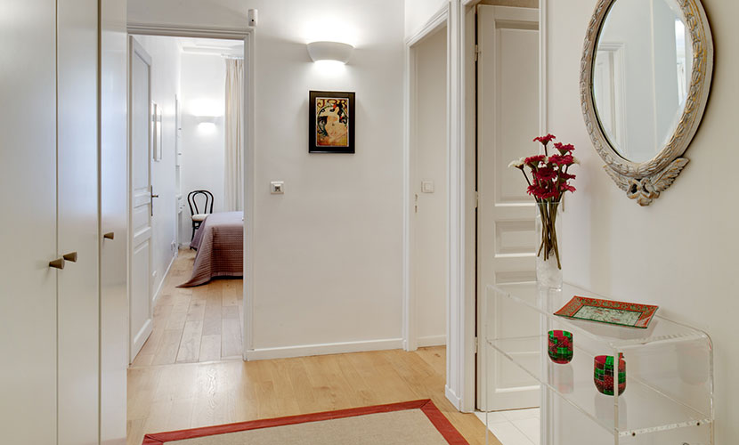 Entrance Paris Apartment Rental