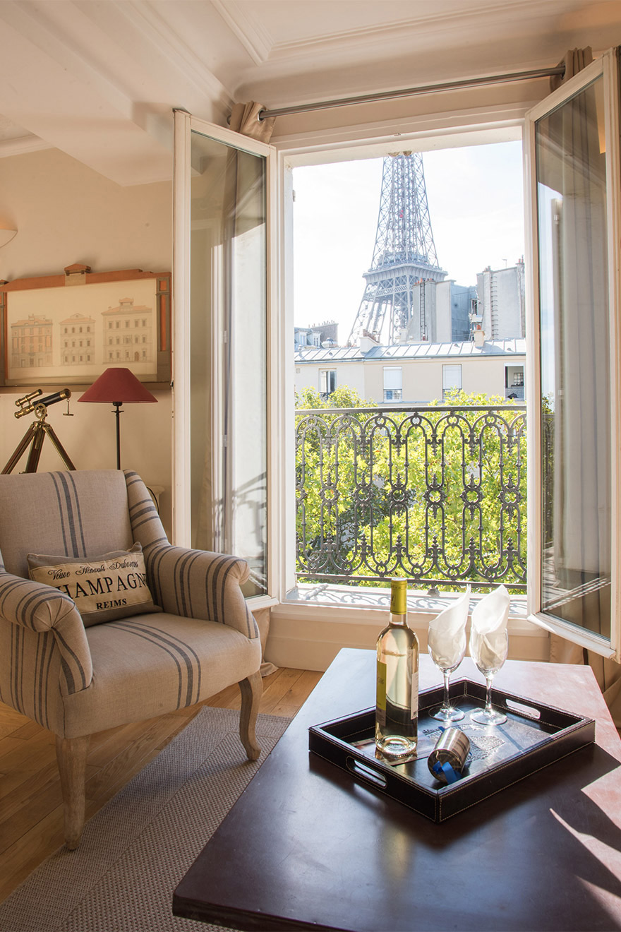 Unforgettable Eiffel Tower view from the Cabernet vacation rental offered by Paris Perfect