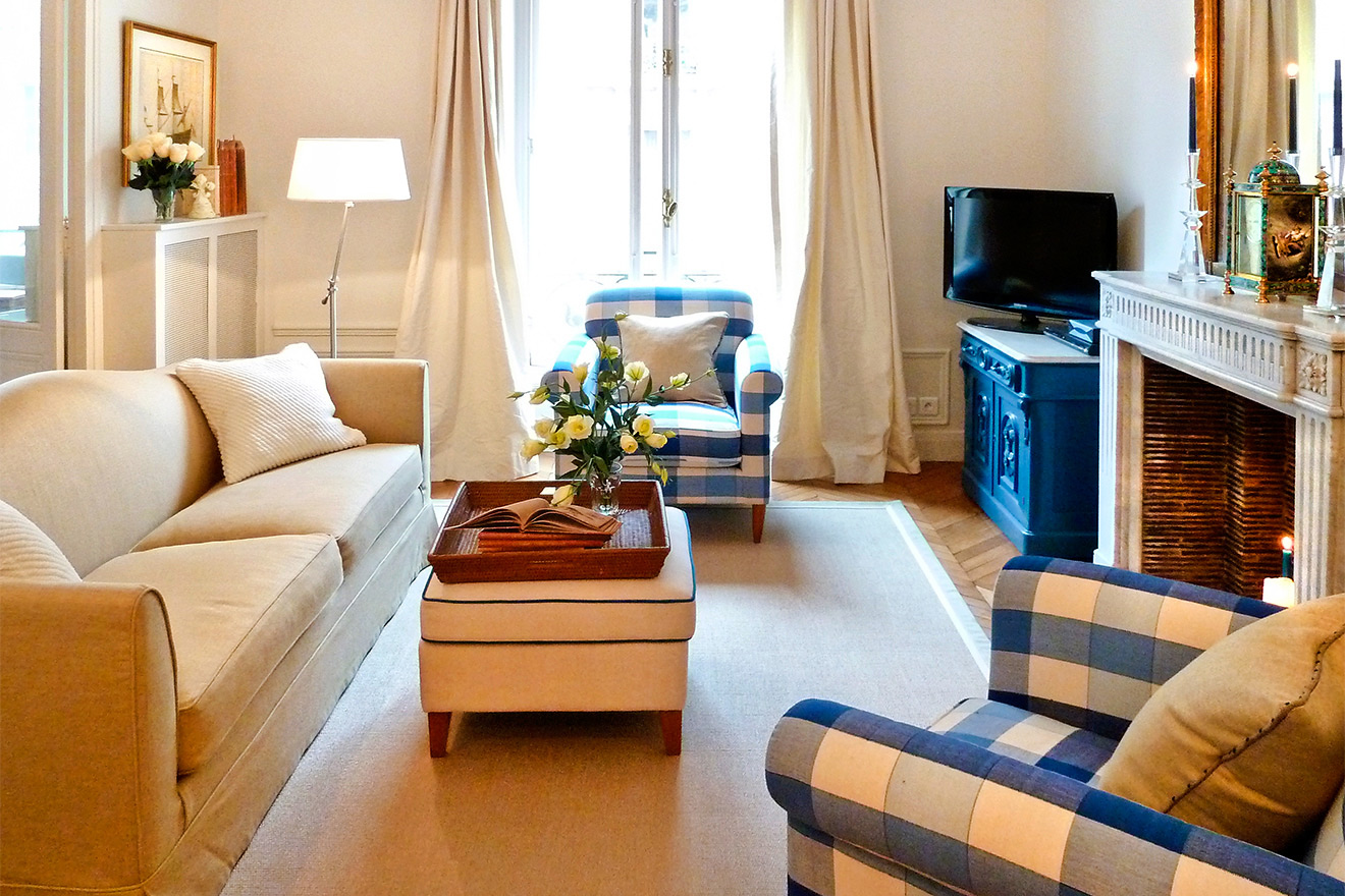 Gamay Apartment Living Room