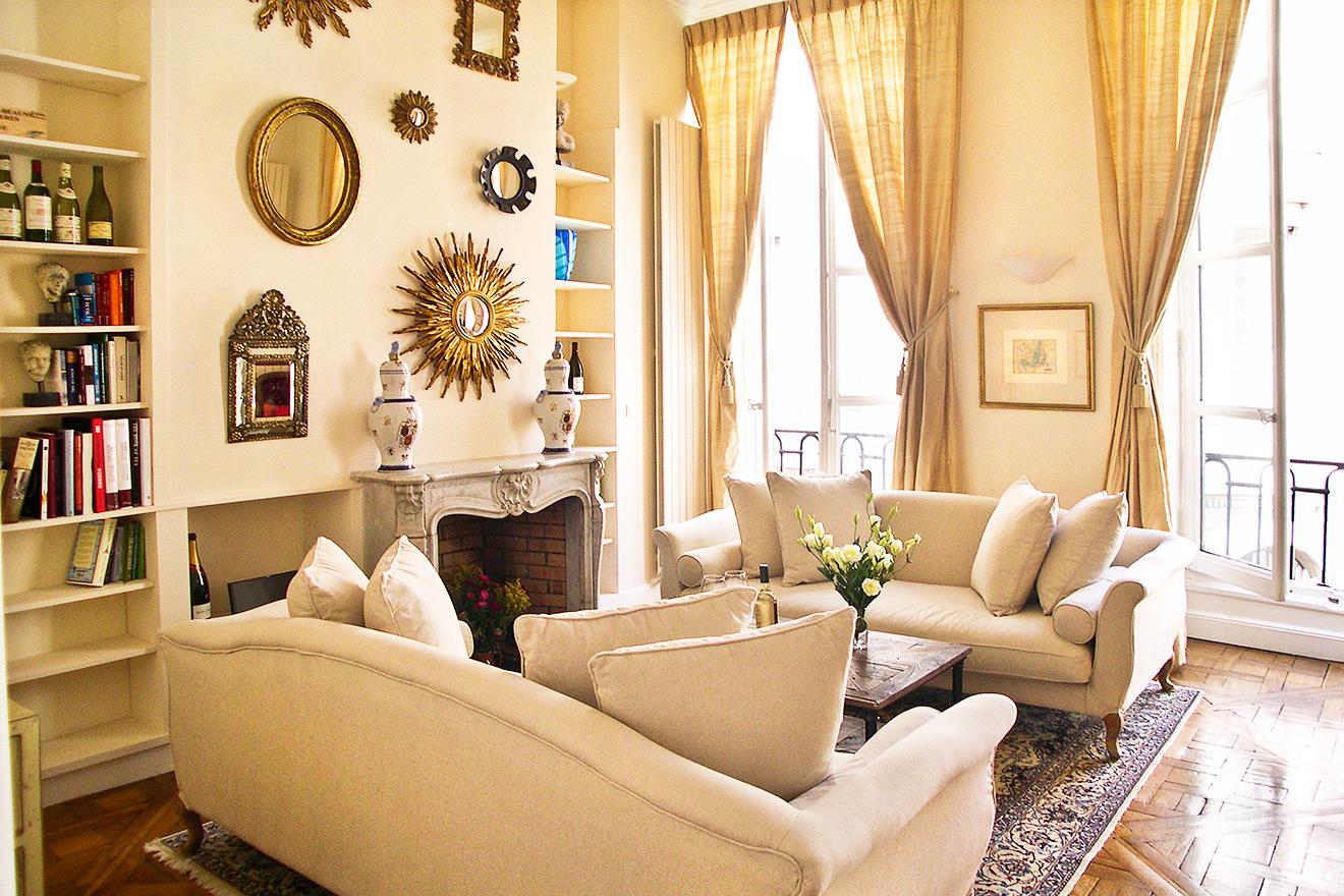 Book 3 Bedroom 1st Arrondissement Paris Apartment Rental ...