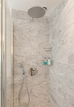 Walk-in shower in the Montagny vacation rental offered by Paris Perfect