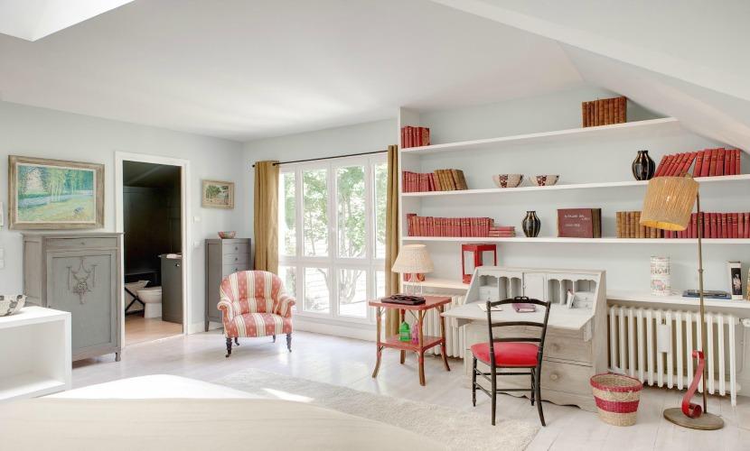 2 Bedroom Paris Apartment Rental