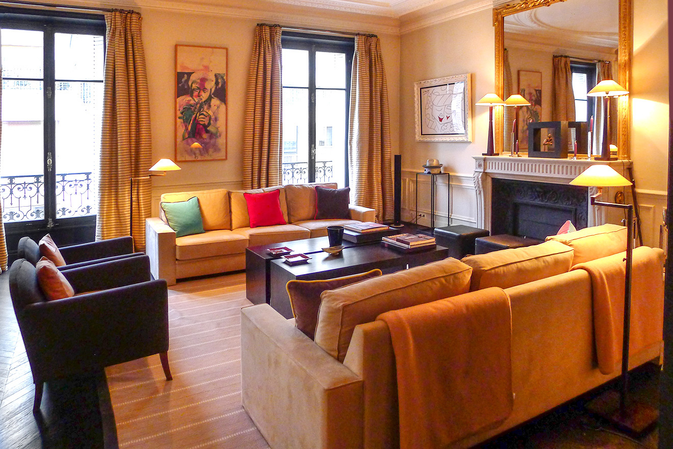 Spend peaceful evenings in a comfortable home in Paris