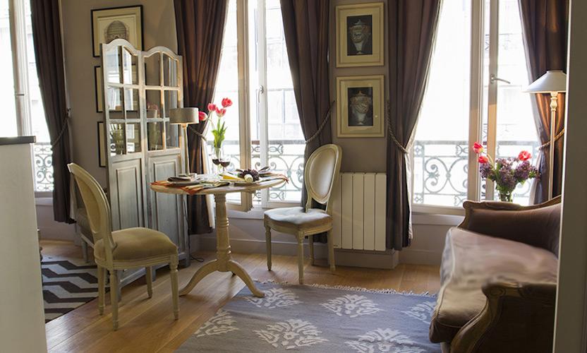 Studio Apartment Paris Living Area