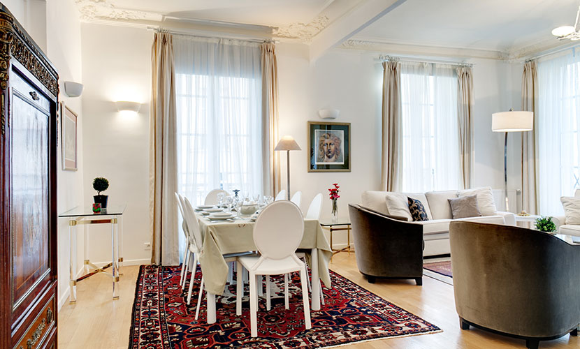 Louvre Apartment Rental