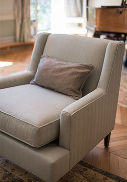 Comfortable Arm Chairs