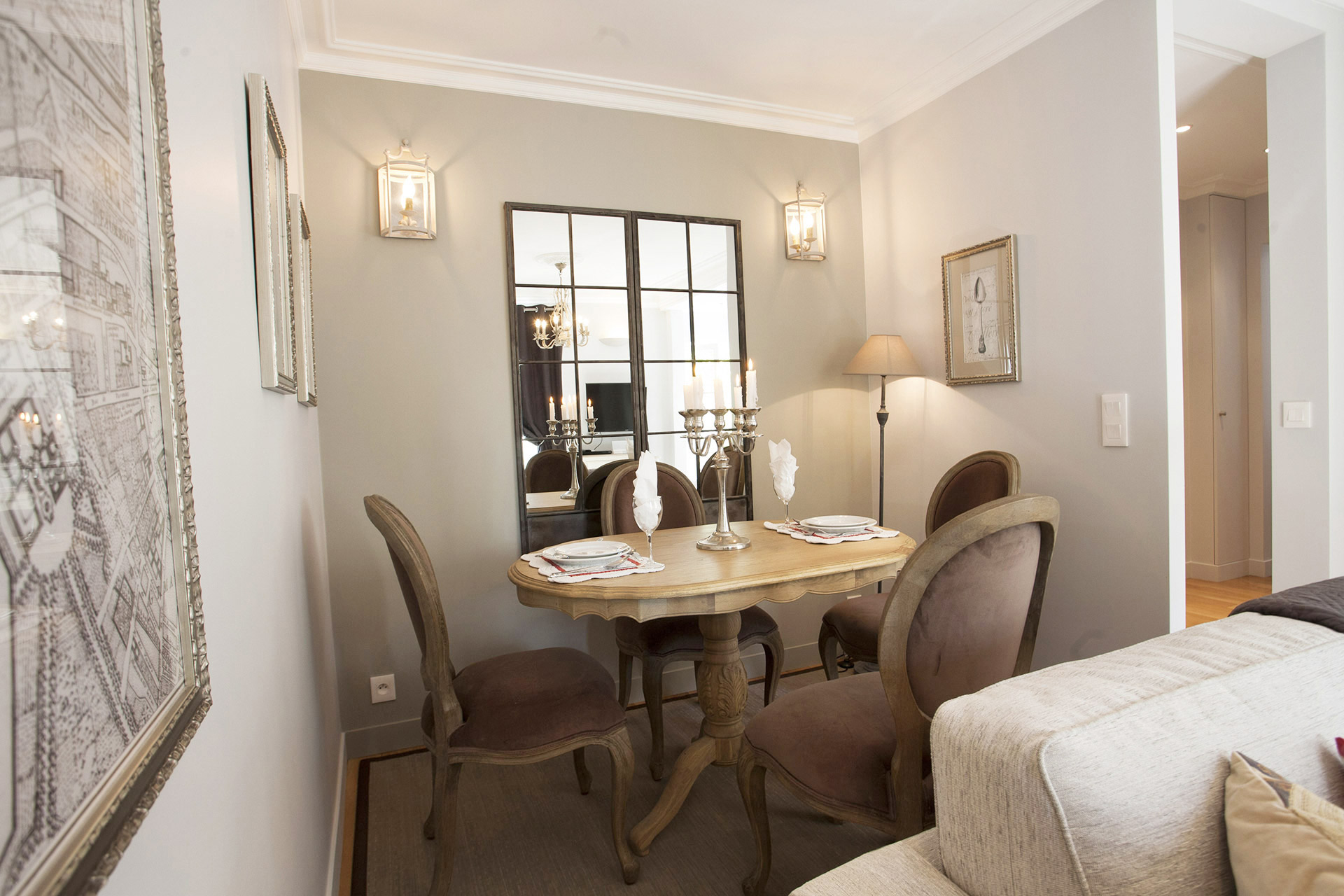 Elegant dining area of the Chambertin vacation rental offered by Paris Perfect