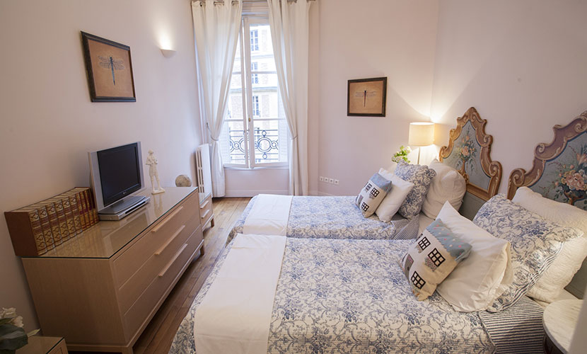 Three Bedroom Paris Apartment Rental