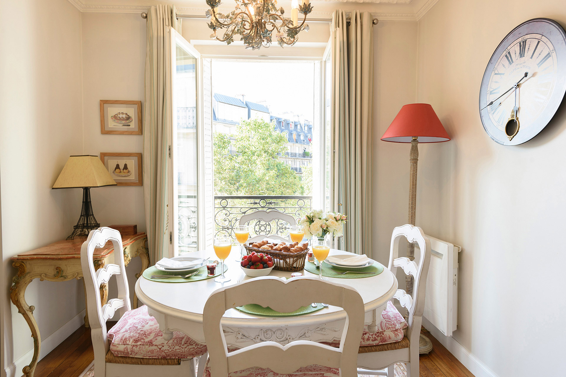 Dining table with a view in the Clairette vacation rental offered by Paris Perfect