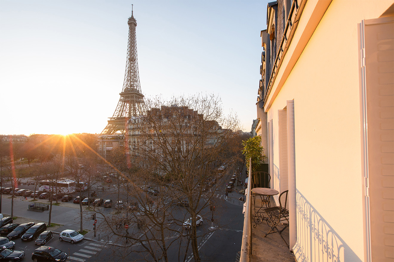 Merlot Paris Apartment