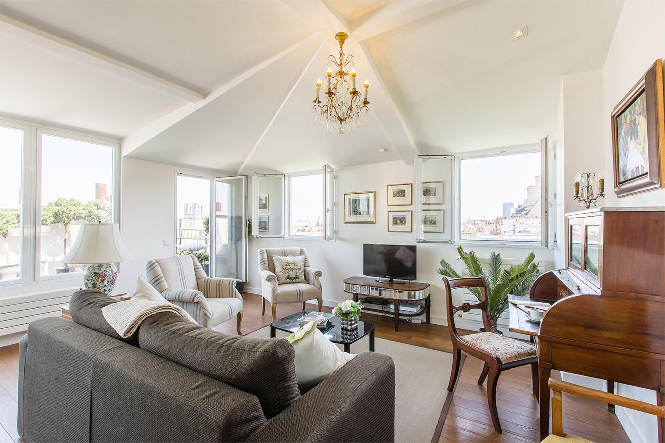 Saint Michel living room