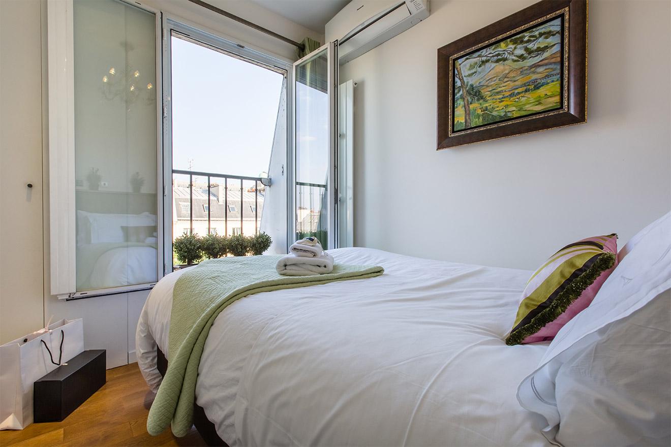Saint Michel bedroom