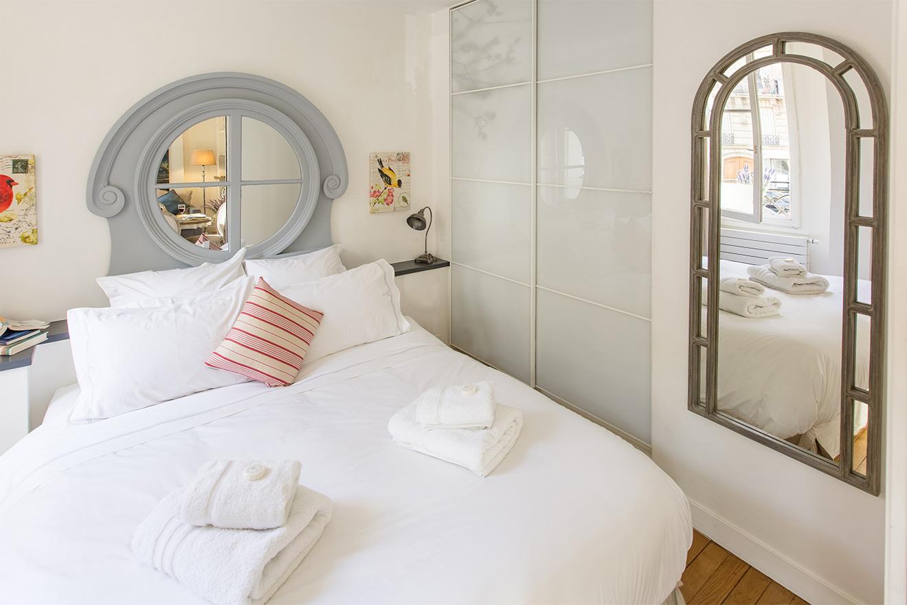 Blaye bedroom with closet