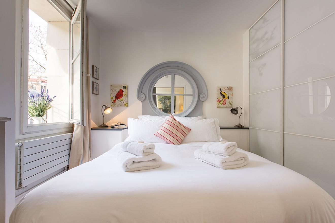 Blaye Paris apartment rental