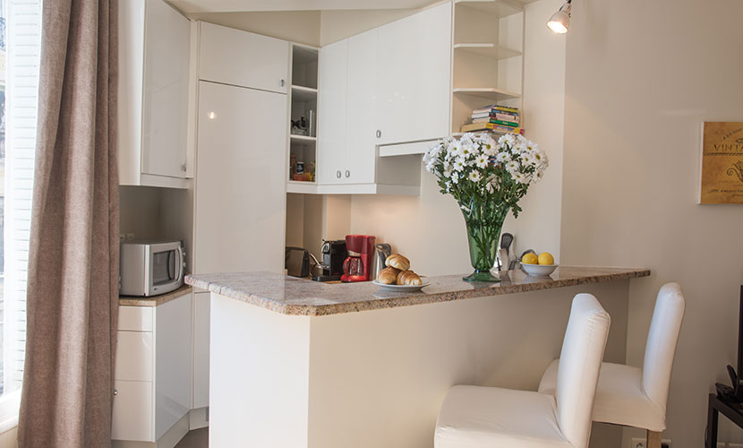 St Germain Apartment - Fully-equipped Kitchen
