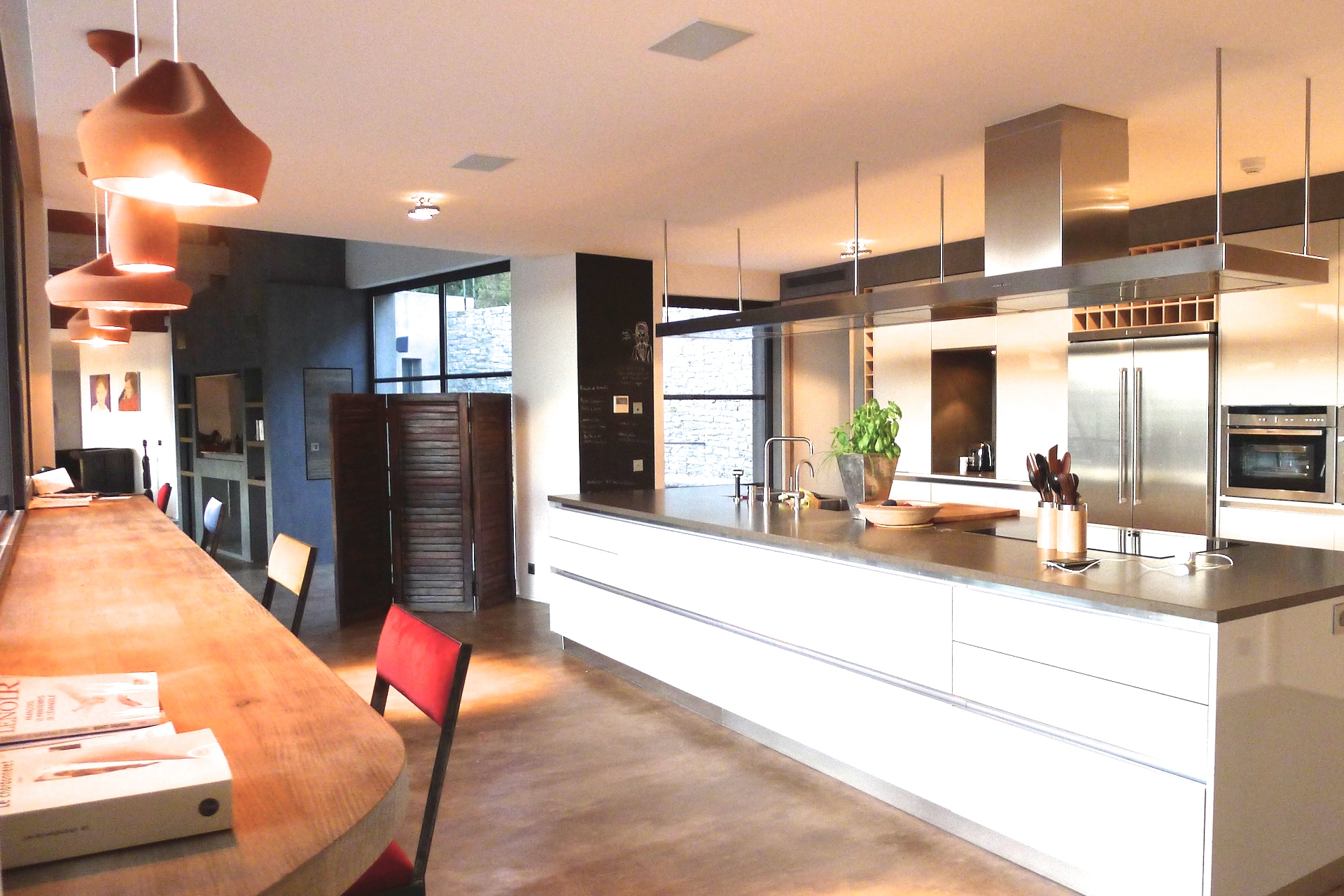 Open floor plan in the Villa Grimaud vacation rental offered by Paris Perfect