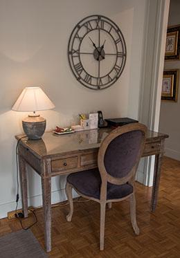Antique oak desk skeleton clock
