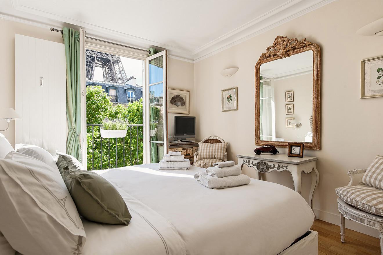 Bergerac bedroom