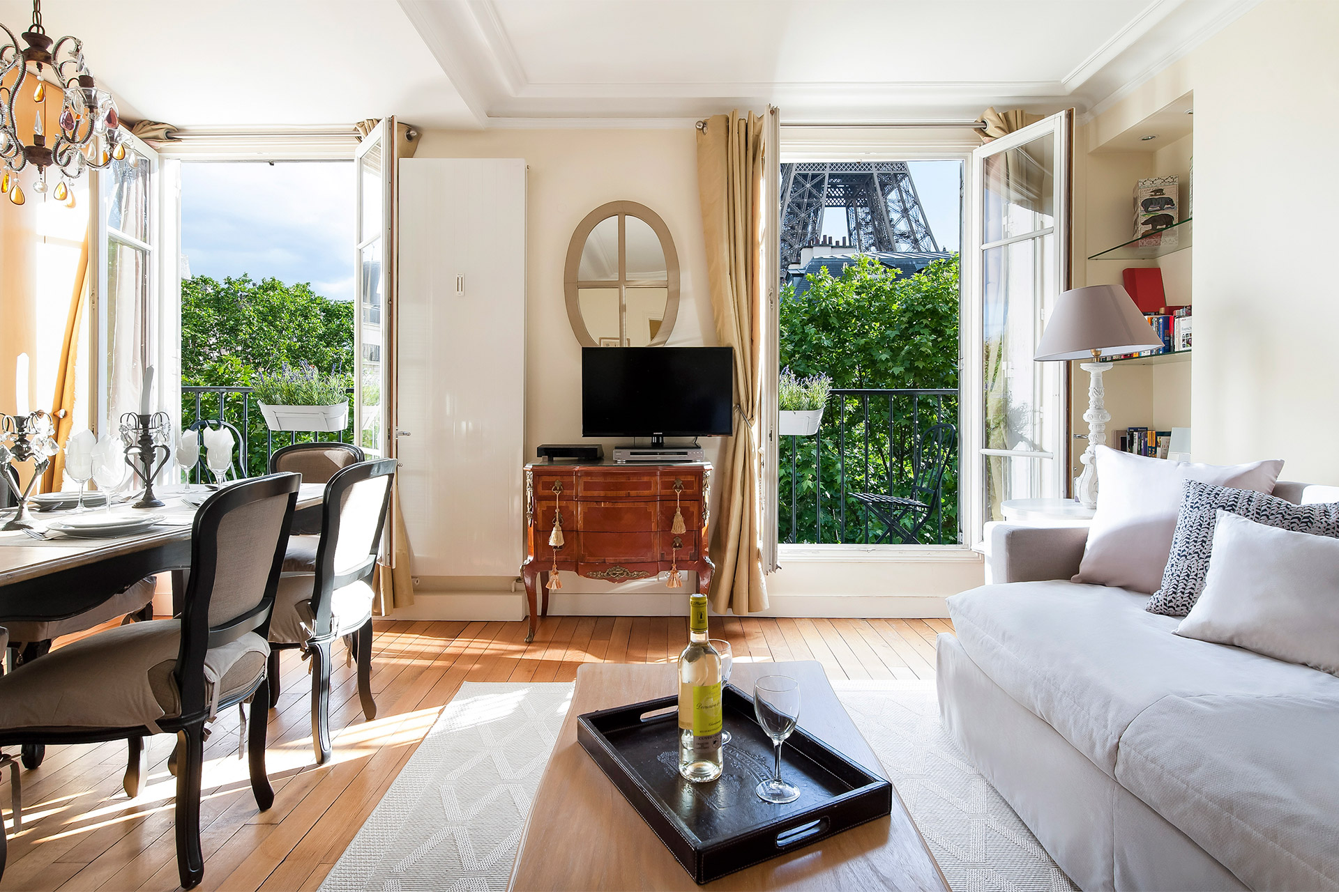 Living Room of the Bergerac vacation rental with stunning Eiffel Tower view