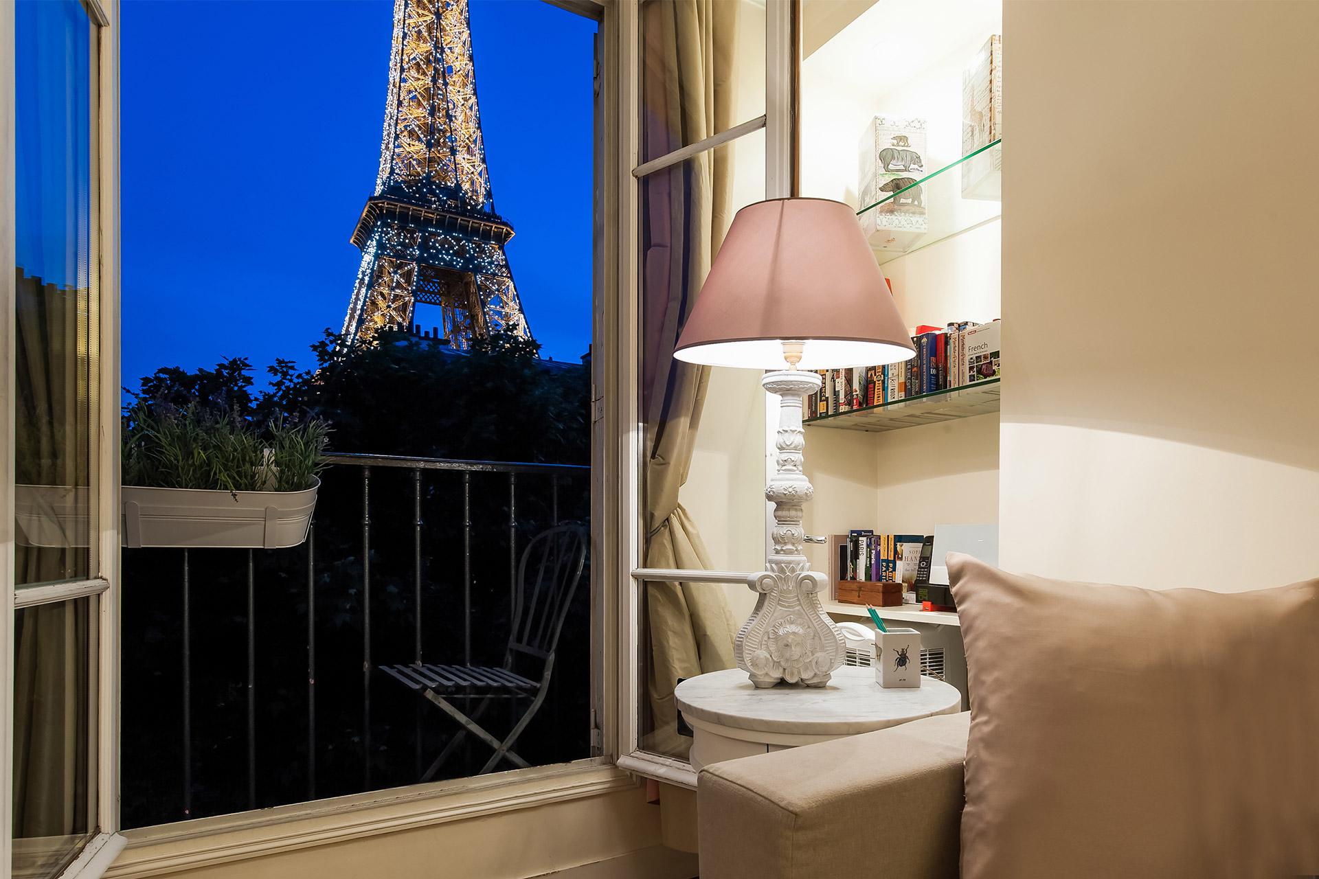 Bergerac livingroom view