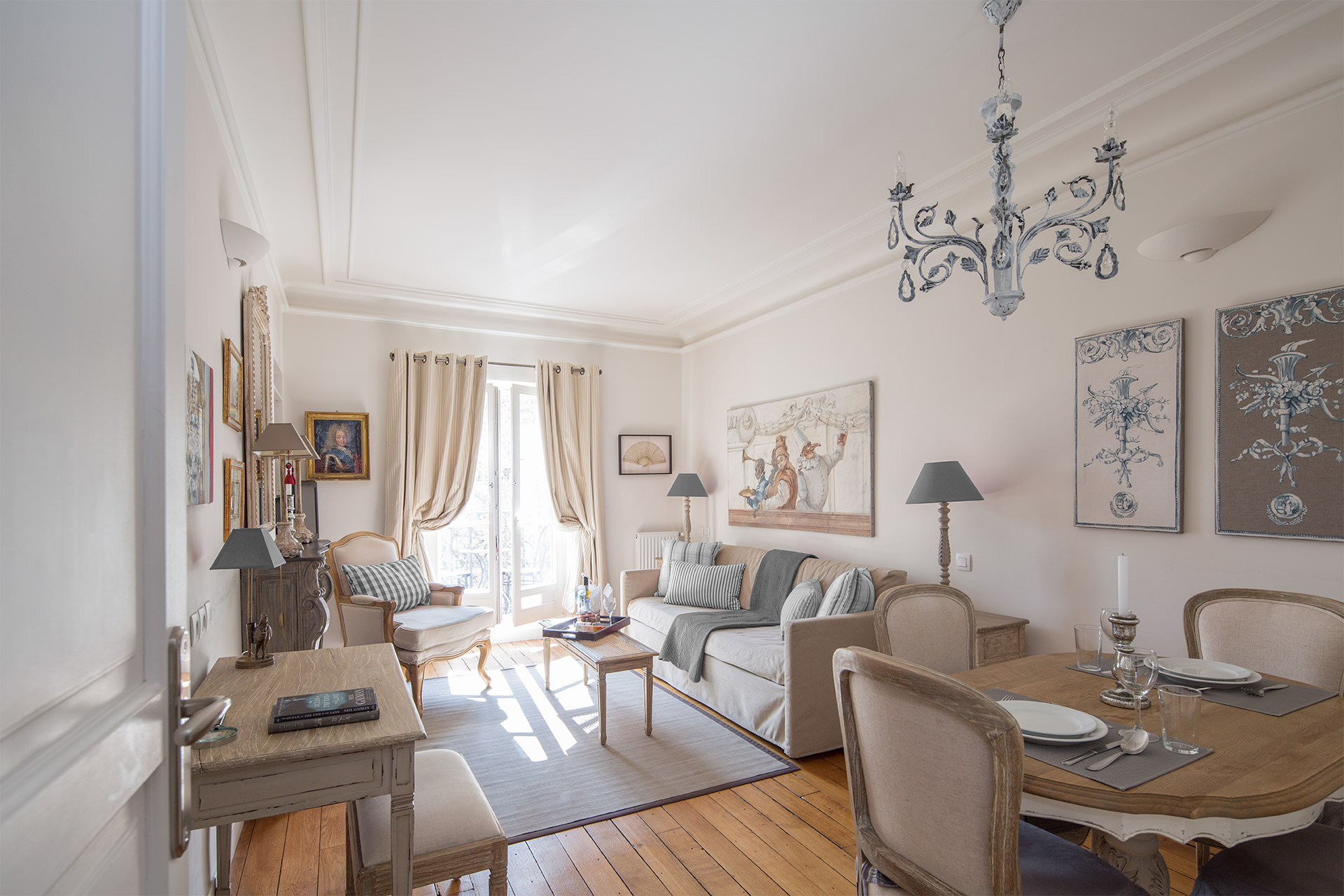 Living Room - Calvados Paris Perfect Apartment