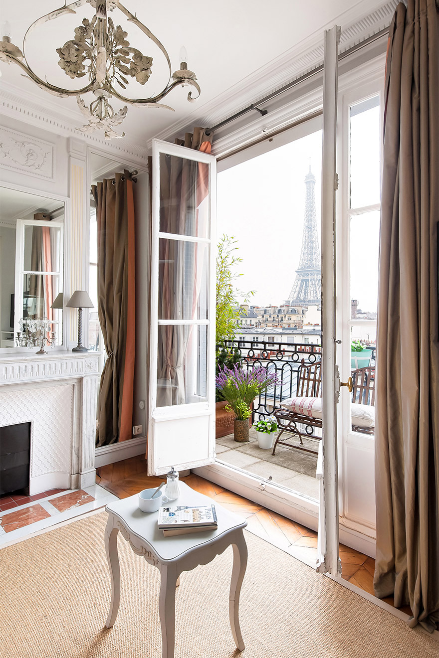 Open the doors to the Eiffel Tower in the Cognac vacation rental offered by Paris Perfect
